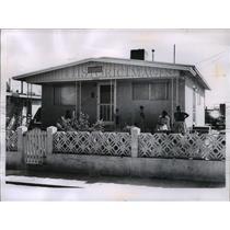 1953 Press Photo Loya family home in Chamizal region of El Paso, Texas