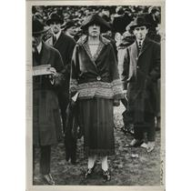 1922 Press Photo Men & women fashions  - neo07217