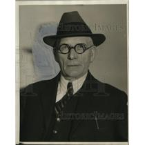 1931 Press Photo Det. Lt. James Gill, Cleveland Heights detective bureau