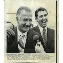 1971 Press Photo Vice President Spiro Agnew & Gov. Winfield at Nashville airport