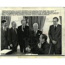 1973 Press Photo President Nixon signing American Revolution Bicentennial Admin