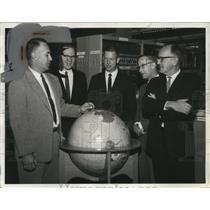 1961 Press Photo John McDonough, associates for Antarctica at Bureau of Standard