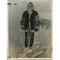 1929 Press Photo Carlsson on Mount Evans, Greenland Weather Station - neo13116