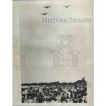 1934 Press Photo Zooming Over Pearl Harbor Six Naval Plane Began in San Fransico