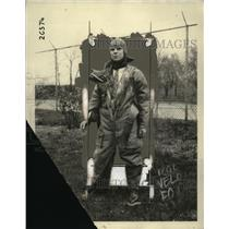 1925 Press Photo Aviator suit - neo10101