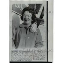 1964 Press Photo Pilot Jerrie Mock of Ohio, sets non-stop flight record