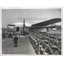 1953 Press Photo Italian Air Force Guards Stand at Attention at Champion Airport