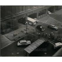 1950 Press Photo Traffic Police Canal Washington Street