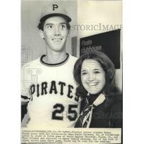 1971 Press Photo Pirates relief pitcher Bruce Kison & fiancee Anna Marie Orlando
