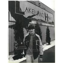 1988 Press Photo Lakeland wrestler, Chris Heitstuman, wins Idaho State title