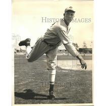 1936 Press Photo Francis Wistert Michigan football star & Cincinnati Reds player
