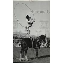 1940 Press Photo Rodeo Clown Trick Roping - spx18565