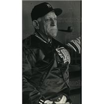 1993 Press Photo Tigers Manager, Sparky Anderson, before a game with the Brewers