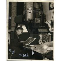 1923 Press Photo Artist Ernest Hiser - neo09964