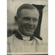 1924 Press Photo American jokey Earle Sande in racing silks - neo17232