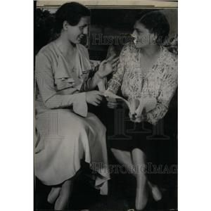 1930 Press Photo Ethel Barrymore Colts Mother Birthday - RRX42687