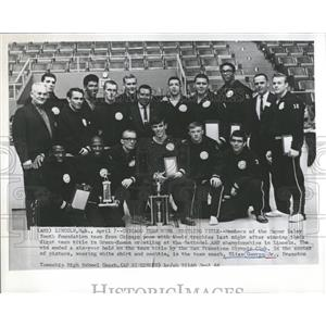 1966 Press Photo Coach George Mayor Daley Team Win AAU - RRQ01729