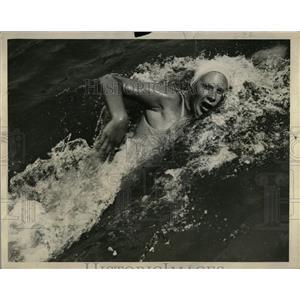 1941 Press Photo Helene Madison - RRQ01973