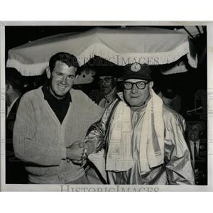 1958 Press Photo George Douglas Sanders Joseph Karp - RRQ02479