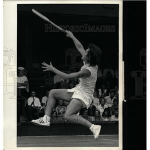 1973 Press Photo Billie defeated Kerry after battle - RRQ02669