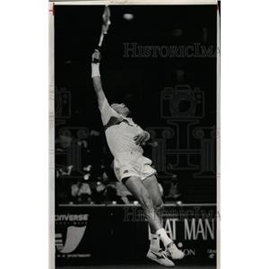 1990 Press Photo Ivan Lendl Tennis player Amos Mansdort - RRQ03009