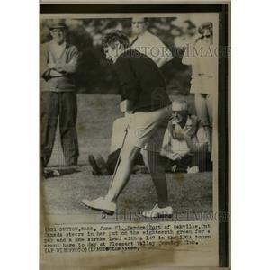 1968 Press Photo Sandra Post Oakville Golf Stroke - RRQ03081