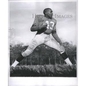 1959 Press Photo Willie Harper American Football - RRQ03465