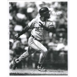 1992 Press Photo Tony Phillips League Baseball Player - RRQ03503