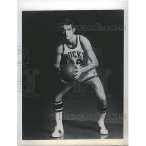1968 Press Photo Jon P. McGlocklinBasketball - RRQ03619