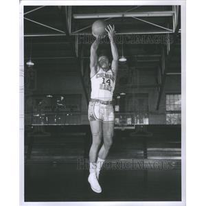 1959 Press Photo Sonny Blanton Basketball - RRQ04333