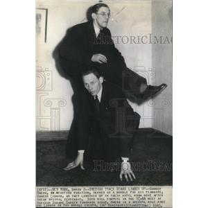 1945 Press Photo Gunder Haegg Haakon Lindman Hotel - RRQ08187