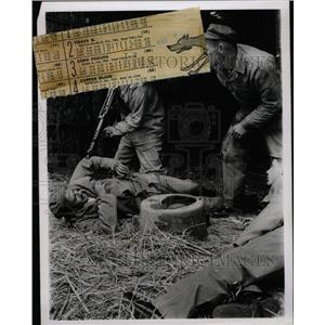 1965 Press Photo Albert Cook Communist Guard Prisoner - RRX74867