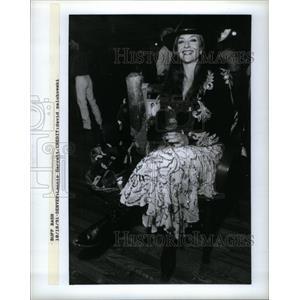 1991 Press Photo Denver Lannie Garrett Pose Zalubowski - RRX28483
