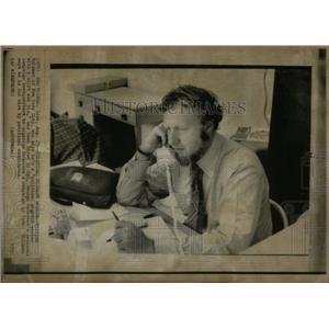 1972 Press Photo McGovern Migrant Campaign Worker Iowa - RRX22327