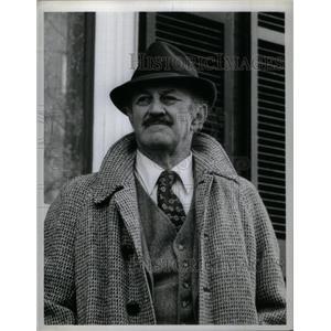 1974 Press Photo Lee J. Cobb American Actor. - RRX28067