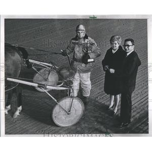 1970 Press Photo George P Garver Chicago Maternity Cent- RSA43591
