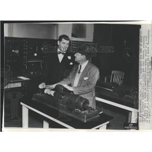 1937 Press Photo George Bancroft Earle Kenton - RRX80863