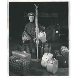 1994 Press Photo Luggage Veteran Chicgao North Western - RRU72739