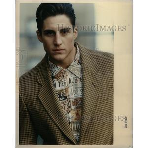 1990 Press Photo Mens Shirts In Print Add Flair - RRX60867
