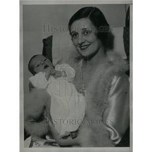 1931 Press Photo Alice Day Cohn Actress Son Richard - RRU24149