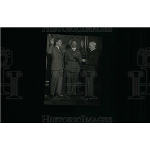 1936 Press Photo Two Men Sworn Office - RRU24163