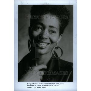 1989 Press Photo Terry McMillan Disappearing Act Author - RRU28627