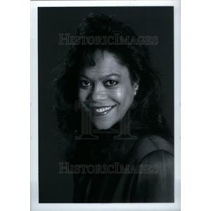 1990 Press Photo Micah Materre reporter WJBK-TV 2 news - RRU29219
