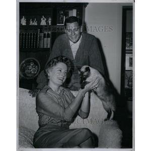 1958 Press Photo Craig Stevens Alexis Smith Actors - RRU42463