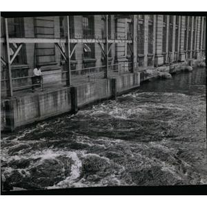 1946 Press Photo Lockport Illinois Power Plant water - RRU35791