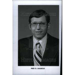 1975 Press Photo Business Exec. Fred G. Haubold - RRU29635