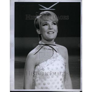 1967 Press Photo Petula Clark English Singer Actress - RRU40641