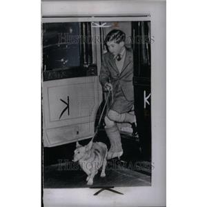 1958 Press Photo Prince Charles Sprained Ankle London - RRU45247