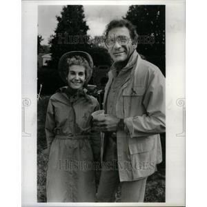 1986 Press Photo Carolyn Ewalo and Sydney Pollack - RRU43937