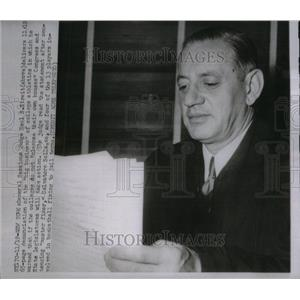1951 Press Photo Judge Saul S. Streit. - RRU37035